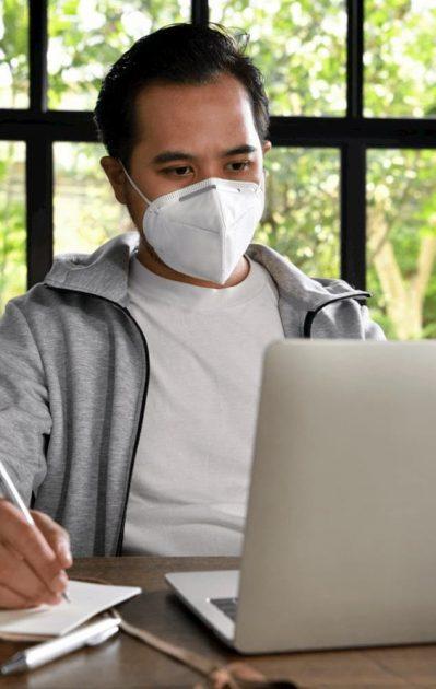 man-work-from-home-coronavirus-covid-19-4NDB3ZX1-1920w.jpg